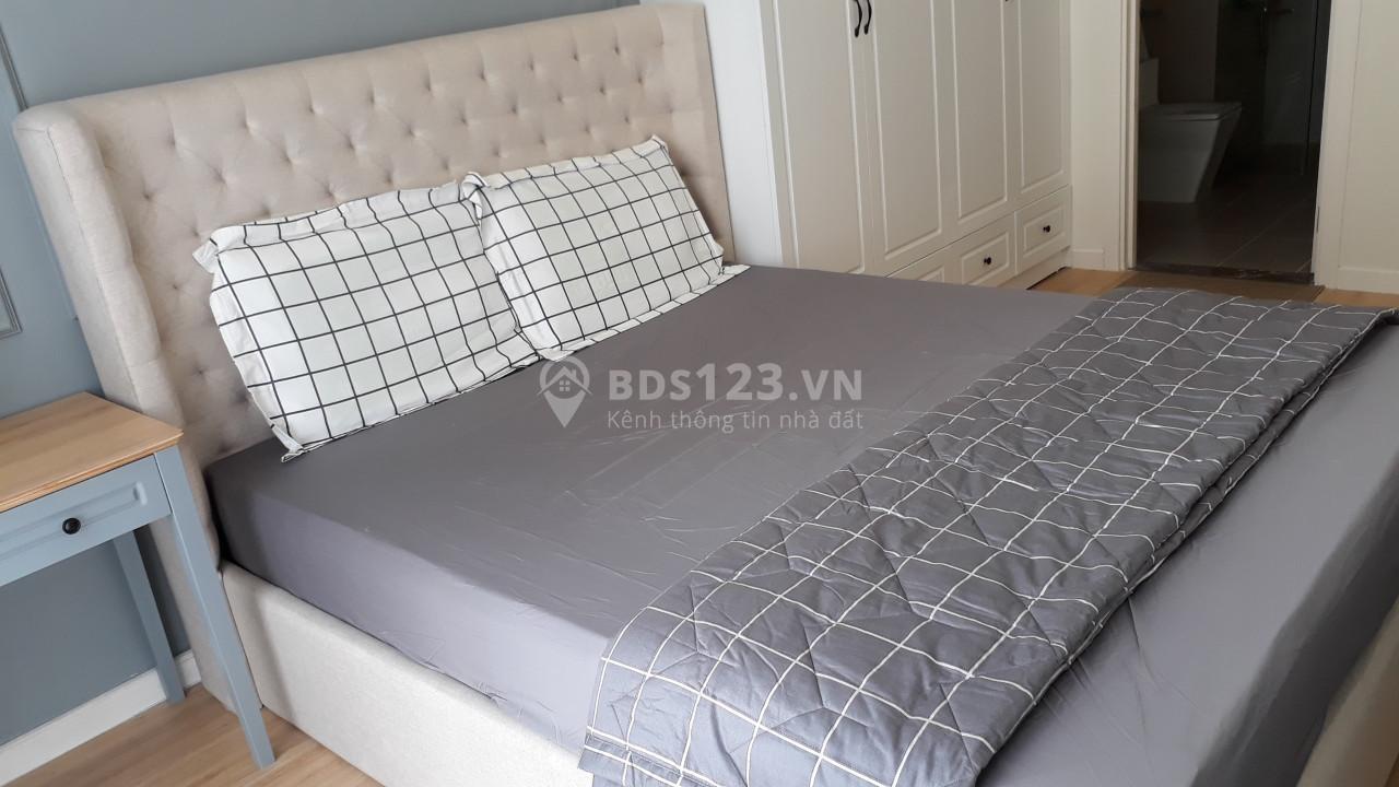 Cho thuê căn hộ 2 phòng ngủ nội thất cao cấp giá 25 tr/tháng