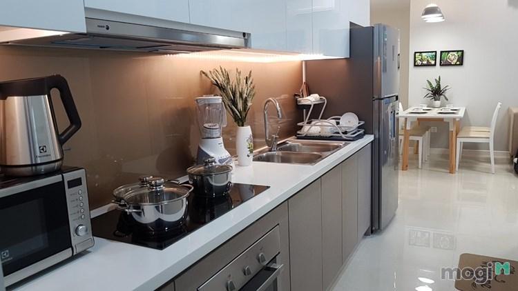 Cho thuê căn hộ Q4 Millennium, 2 PN 2WC full nội thất, 23tr/th