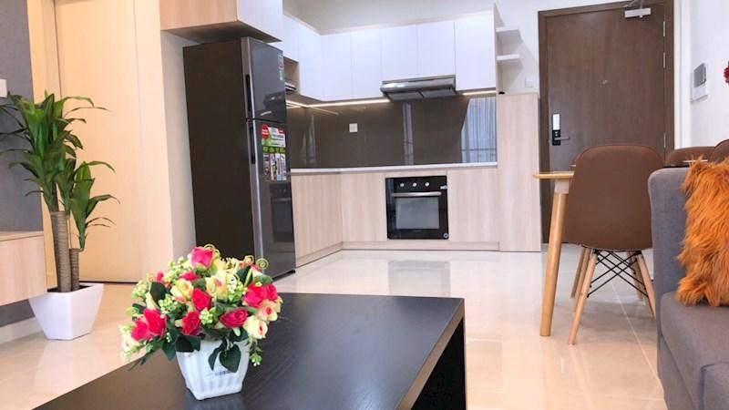 Bán gấp căn hộ Masteri Millennium quận 4, căn 2 phòng ngủ, 85m2 có sân vườn giá 5.1 tỷ